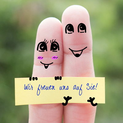 stock-photo-finger-art-of-a-happy-couple-koenigs-apotheke